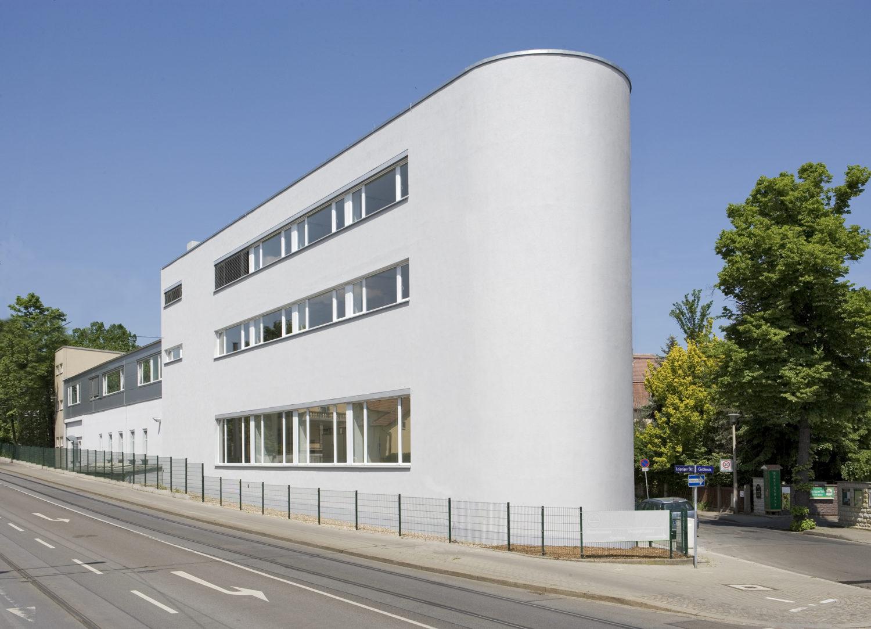 Um- & Neubau des Firmengebäudes der Firma Li-il Essenzen Dresden