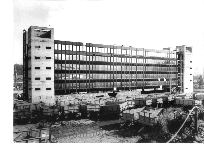 Fabrik für die Herstellung von Mähdreschern in Singwitz