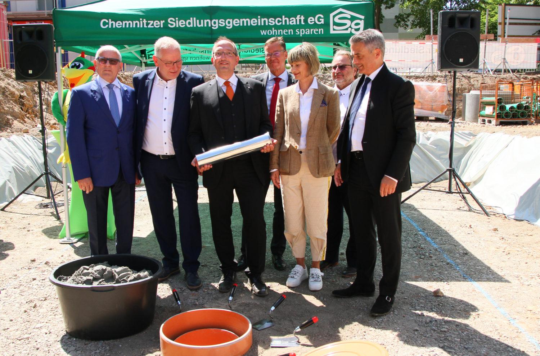 """Spatenstich für """"Tanzende Siedlung"""""""
